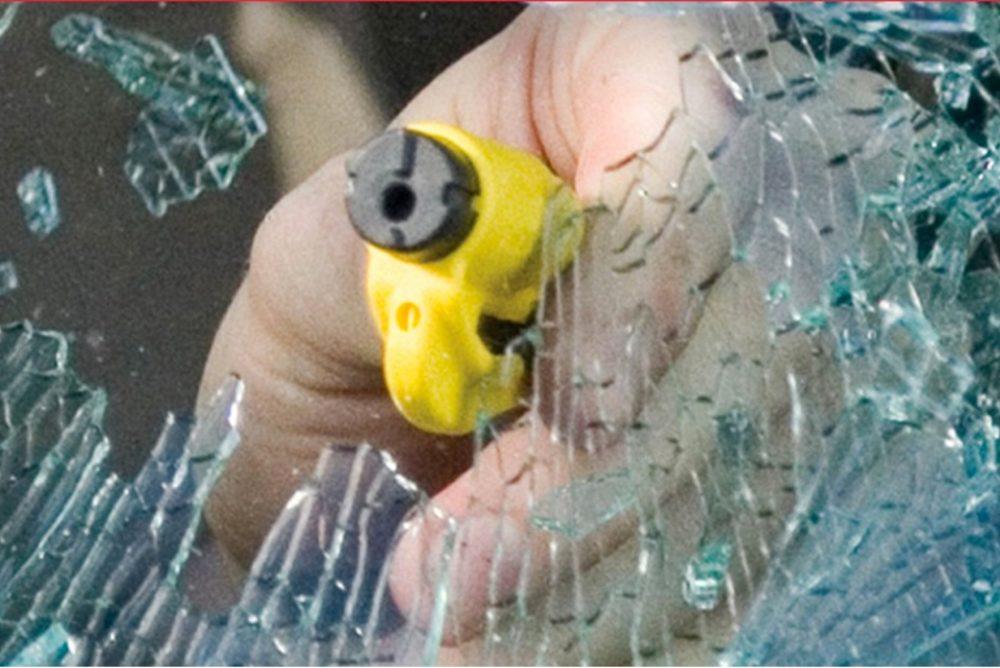 ResQMe: Rettungswerkzeug Glasbrecher